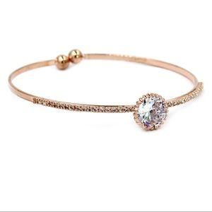Rose gold shining crystal qualities bracelet
